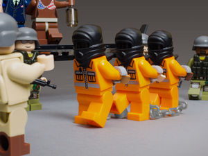 File:Extraordinary rendition lego.jpg