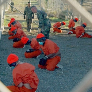 File:Camp x-ray detainees.jpg
