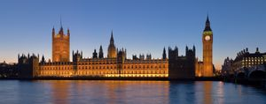 550px-Palace of Westminster, London - Feb 2007.jpg