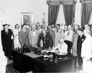 File:Truman signing National Security Act Amendment of 1949.jpg