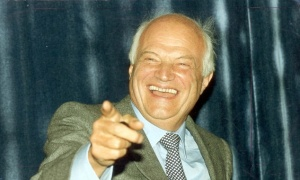 James Goldsmith.jpg
